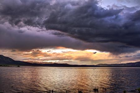 crowley-lake-ca